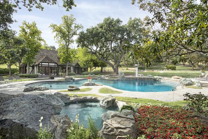Piscina del rancho de Michael Jackson