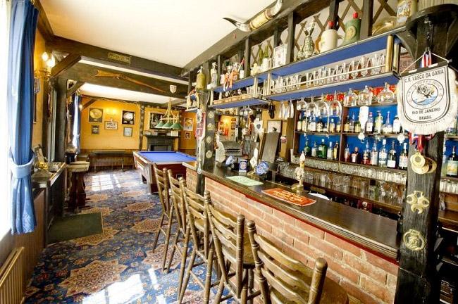 Pub casa Iron Maiden