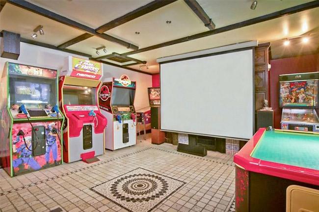 Sala juegos casa Iron Maiden